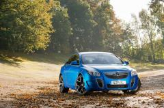 Vauxhall-Insignia-VXR_SuperSport-04