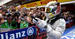 Hamilton motivated by Rosberg pressure